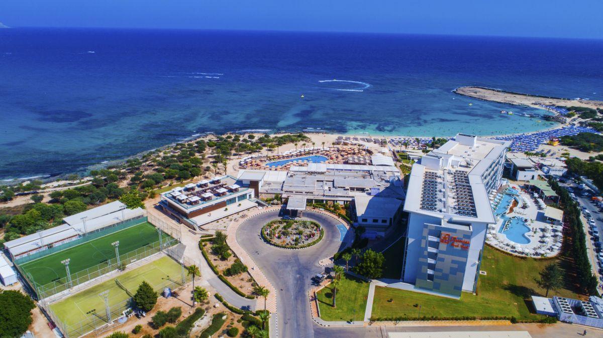 http://budavartours.hu/binaries/content/gallery/budavar/locations/accomodations/Ciprus/Ayia+Napa/Asterias+Beach+Hotel/001.jpg