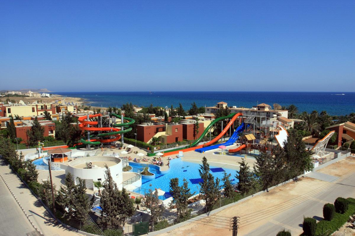 http://budavartours.hu/binaries/content/gallery/budavar/locations/accomodations/Ciprus/Ayia+Napa/electra-holiday-village/electra-holiday-village-39.jpg