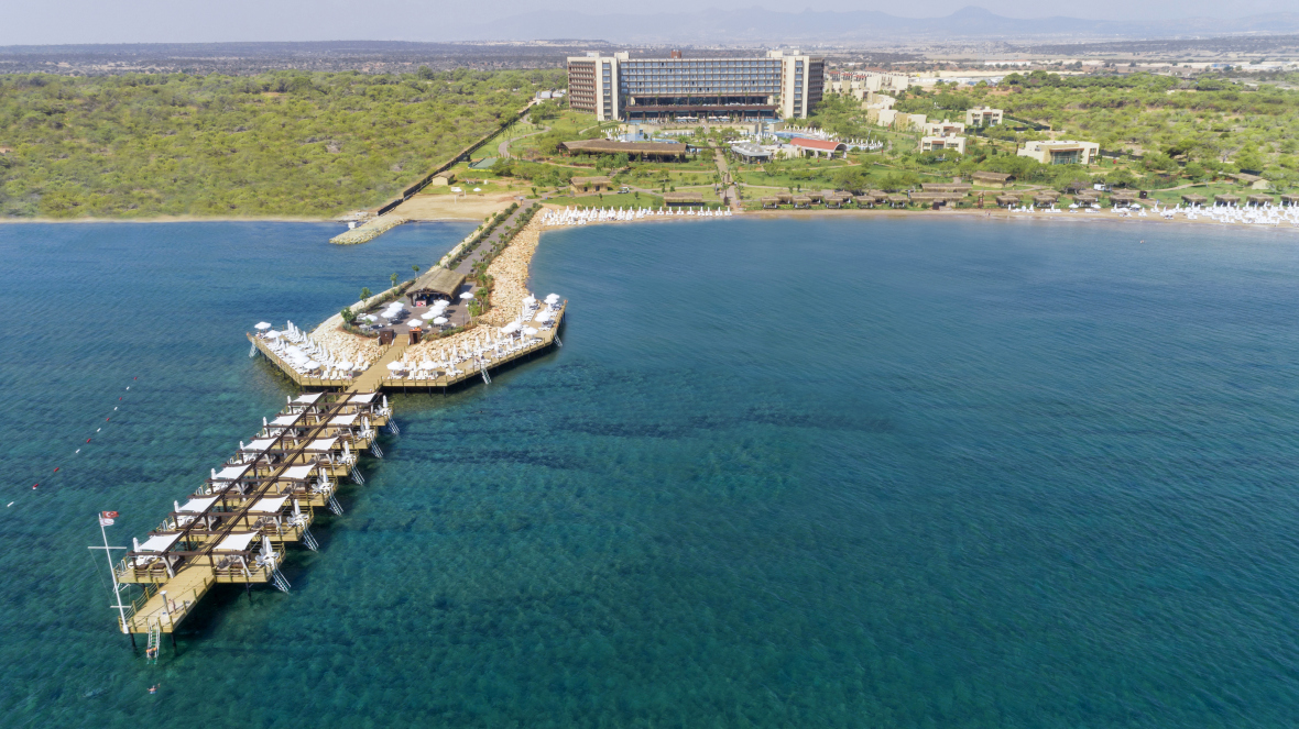 http://budavartours.hu/binaries/content/gallery/budavar/locations/accomodations/Ciprus/Bafra/concorde-luxury-resort/concorde-luxury-resort-hotel-1.jpg