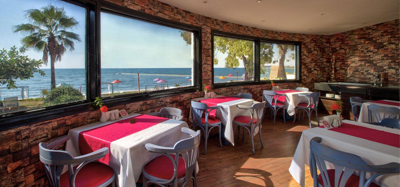 http://budavartours.hu/binaries/content/gallery/budavar/locations/accomodations/Ciprus/Famagusta/merit-cyprus-gardens-resort--casino/merit-cyprus-garden-hotel-01.jpg