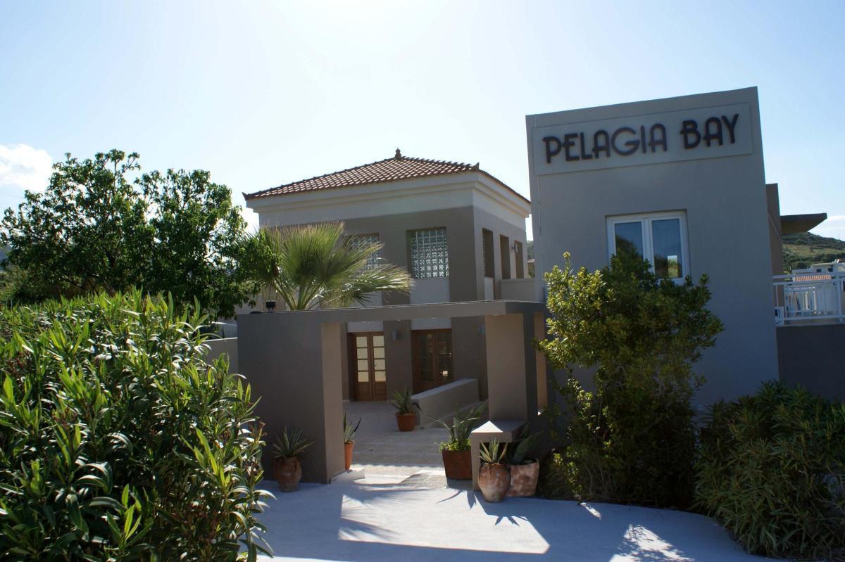 http://budavartours.hu/binaries/content/gallery/budavar/locations/accomodations/G%C3%B6r%C3%B6gorsz%C3%A1g/Agia+Pelagia/Pelagia+Bay+Hotel/pelagia-bay-hotel-05.jpg