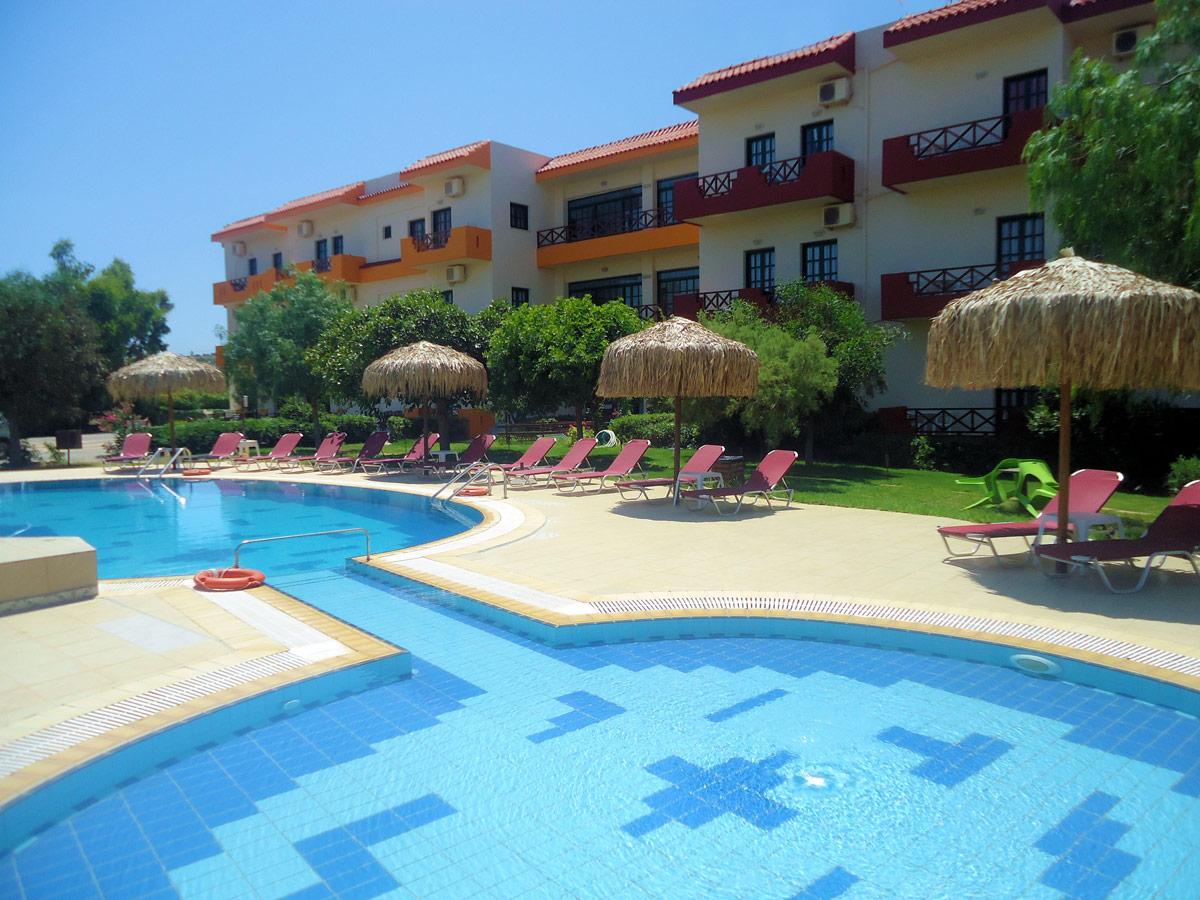 http://budavartours.hu/binaries/content/gallery/budavar/locations/accomodations/G%C3%B6r%C3%B6gorsz%C3%A1g/Anissaras/portokali-aparthotel/portokali-aparthotell-05.jpg