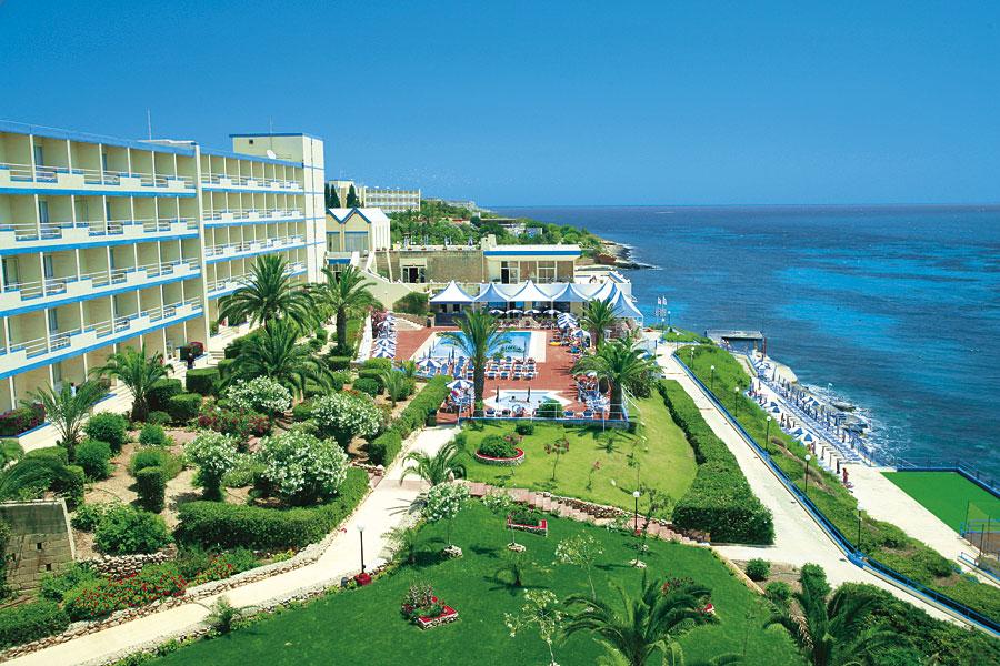 http://budavartours.hu/binaries/content/gallery/budavar/locations/accomodations/M%C3%A1lta/Mellieha+Bay/Mellieha+Bay+Hotel/hotel-mellieha-bay_48216_08.jpg