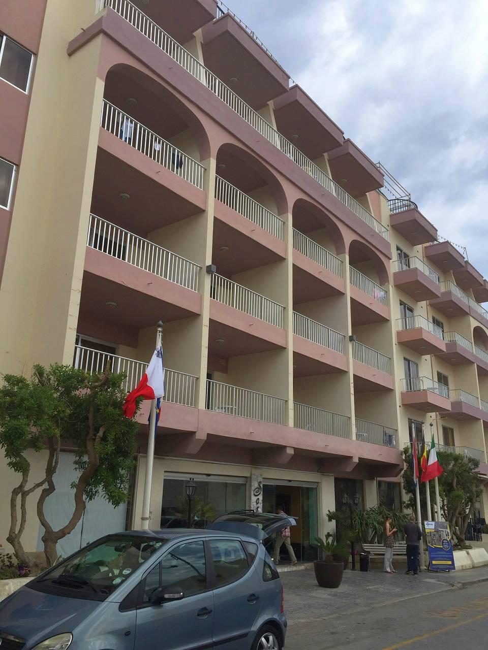 http://budavartours.hu/binaries/content/gallery/budavar/locations/accomodations/M%C3%A1lta/st.-paul-s-bay/Soreda+Hotel/soreda-hotel-malta-st.-pauls-bay2.jpg