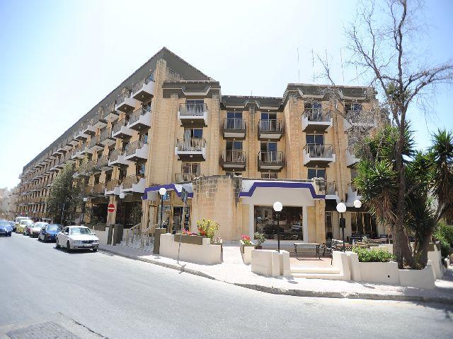 http://budavartours.hu/binaries/content/gallery/budavar/locations/accomodations/M%C3%A1lta/st.-paul-s-bay/The+Bugibba+Hotel/bugibba-kulso.jpg