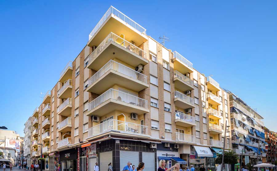 http://budavartours.hu/binaries/content/gallery/budavar/locations/accomodations/Spanyolorsz%C3%A1g/Benidorm/Avenida/apartman-epulet.jpg