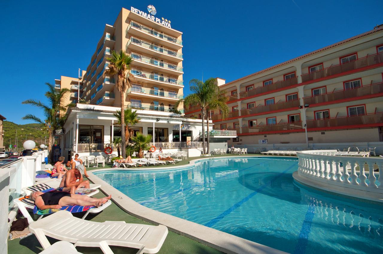 http://budavartours.hu/binaries/content/gallery/budavar/locations/accomodations/Spanyolorsz%C3%A1g/Malgrat+de+Mar/reymar-playa-hotel/epulet.jpg