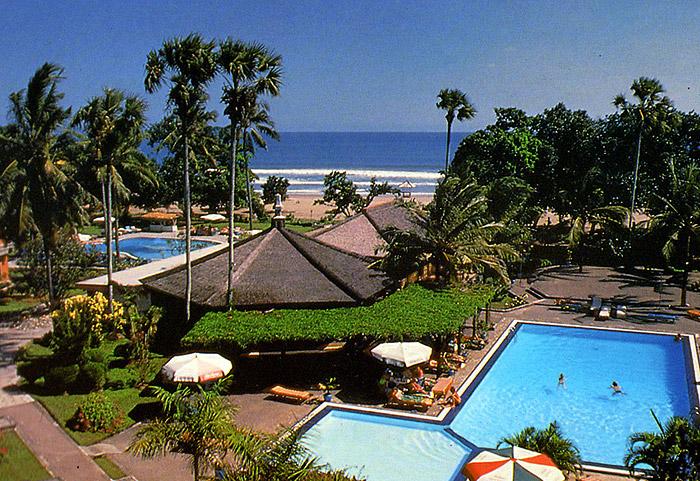http://budavartours.hu/binaries/content/gallery/budavar/locations/accomodations/indonezia/denpasar/the-jayakarta-bali-hotel/jajakarta-bali-1.jpg